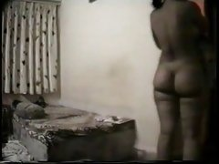 Porno slike elena seks crvenom čarape s velikim član i cigareta