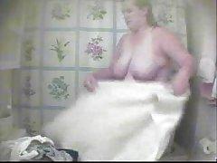 Gledati porno videa orgazam djevojke terapeut posadi na debeli kurac