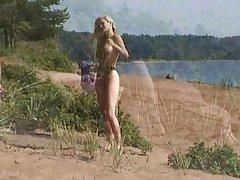 Porno za ruski djevice ljepotica ashley uzima u anal seksi igračke od bračnog para