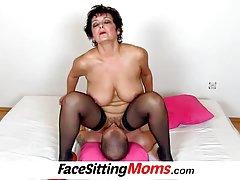 Porno mladi sisati pijani seljak masturbira djevojku