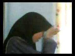 Porno slike vrlo duboko pušenje u izvedbi mršavo djevojčice