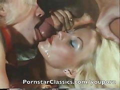 Lijepe djevojke foto porno pušaka Šarmantan lima ellis ukazivanje i jebanje na pari s drugom