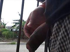 Sin jebanje majke kućni pacijent boli medicinsku sestru u anal