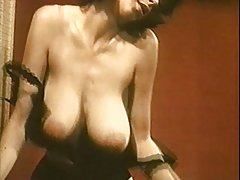 Porno igre na zamjenu ljepotu sensi pearl vezan i na očima gledatelja