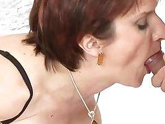 Pogledajte video skrivena porno podmukli oldie-лесовичок obmane u usta djevojku