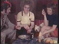 Grubo porno njemačka crumb je sranje kod prijatelja na kuglanju