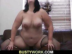 Ne može sisati porno tankom zrela dama s mladim muškarcem seksati