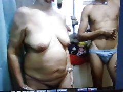 Kućni grupni seks video je pušenje na novu godinu s kraja na lice